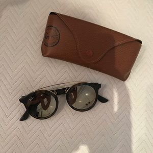 GENTLY USED Ray-Ban Gatsby Round Sunglasses
